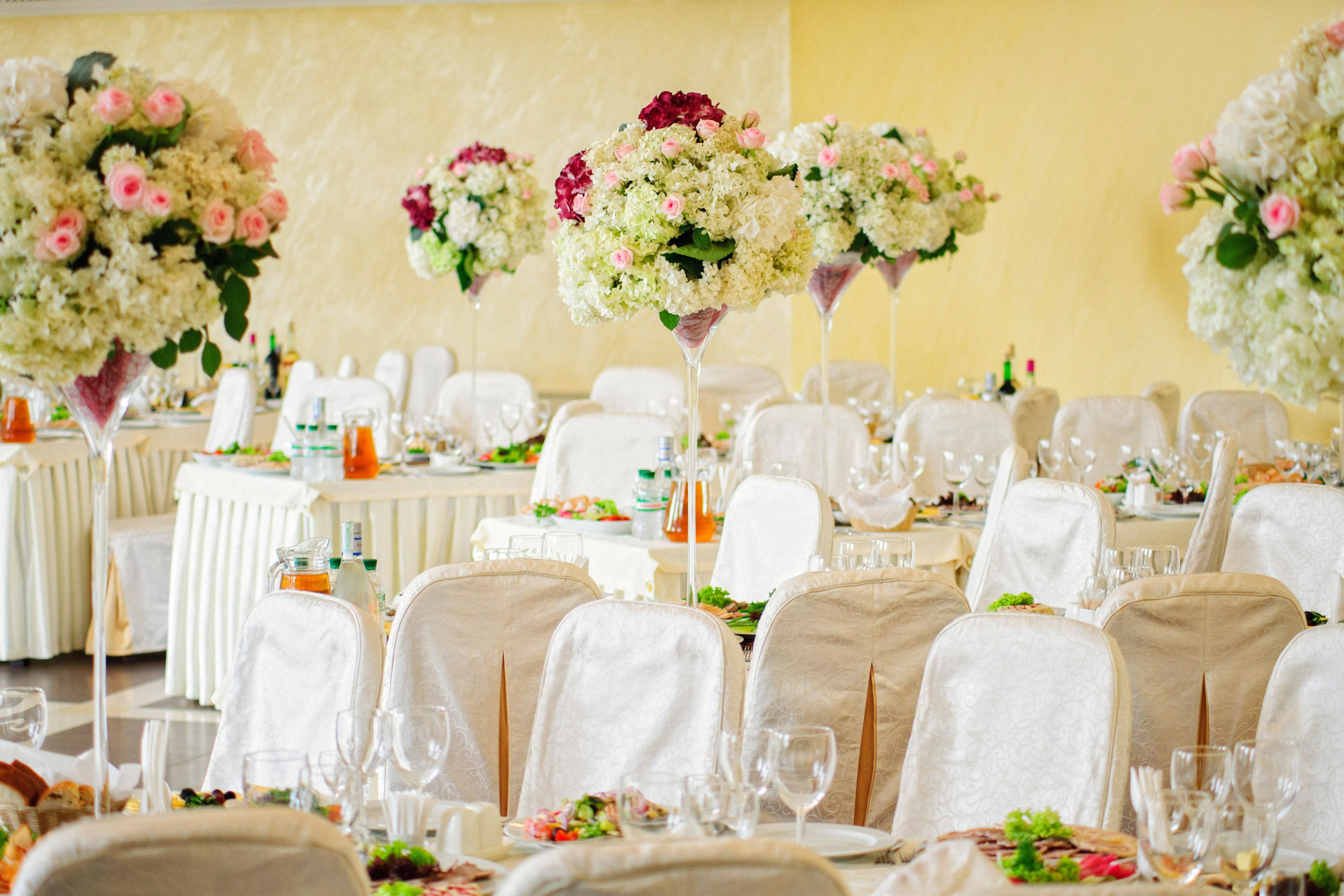 Dekoracje ślubne Torun - Dekoracje weselne kościołów i sal